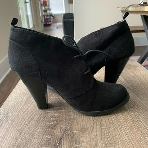 GAP Black Suede Lace Up Booties